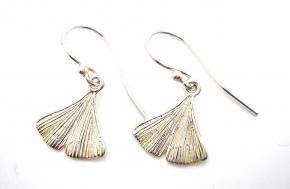 Wunderschöne Ohrhänger in 925er Silber wie ein Blatt