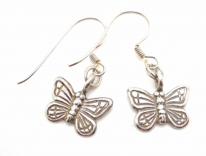Wunderschöne Ohrhänger in 925er Silber wie eine Schmetterling
