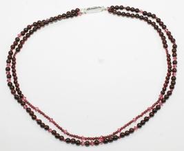 Doppelreihige Wunderschöner Granat-Halskette mit 925er Silber