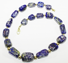 Hochwertig verarbeiteteLapislazuli Halskette mit Gold