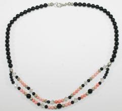 Schöner Onyx/Koralle/Swarovski-Halskette mit 925er Silber