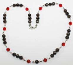 Wunderschöne Granat mit Swarovski Bicone Halskette und 925er Silber