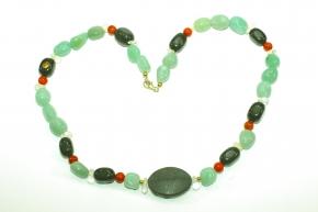 Wunderschöne Halskette mitAventurin, Koralle, Onyx