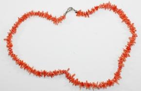 Wunderschöne Rotekoralle-Splitterhalskette