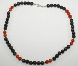 Lava/Schaumkoralle-Halskette mit 925er Silber