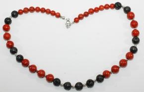 Wunderschöne Schaumkoralle/Lava-Halskettemit 925er Silber