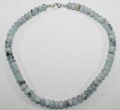 Wunderschöne Aquamarin Reifen-Halskette