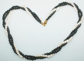Dreireihige Süßwasserperle mit Hämatit-Halskette