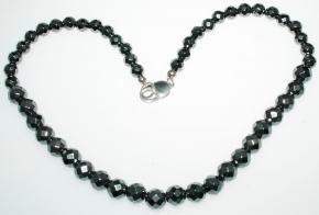 Schöner Hämatit Halskette Facettiert