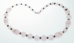 Schöner Rosenquarz-Halskette mit Süßwasser Perlen und 925er Silber Zwischenteile