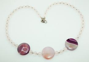 Rosenquarz-Achat Halskette mit925er Silber Zwischenteile und wunderschöne Rose Verschluss