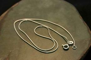 Edle Schlangenkette aus 925 Silber